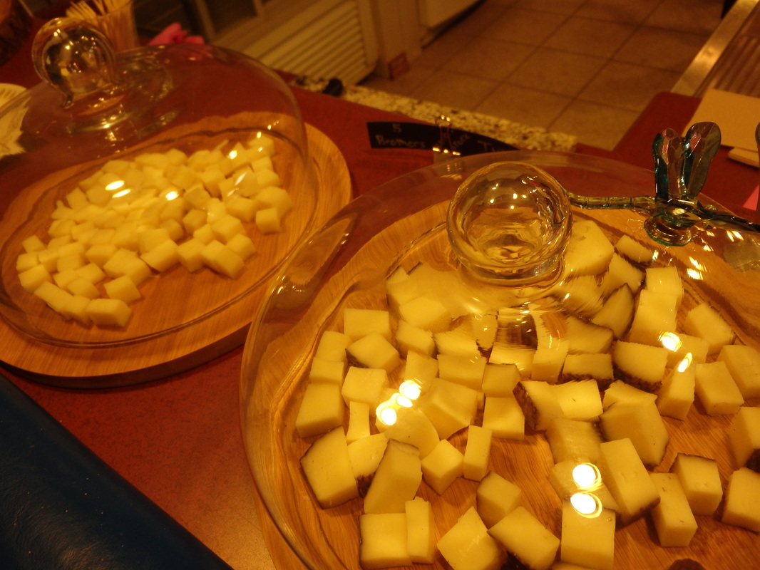 A sampling of Gunn's Hill cheese at Second Mouse Cheesetique