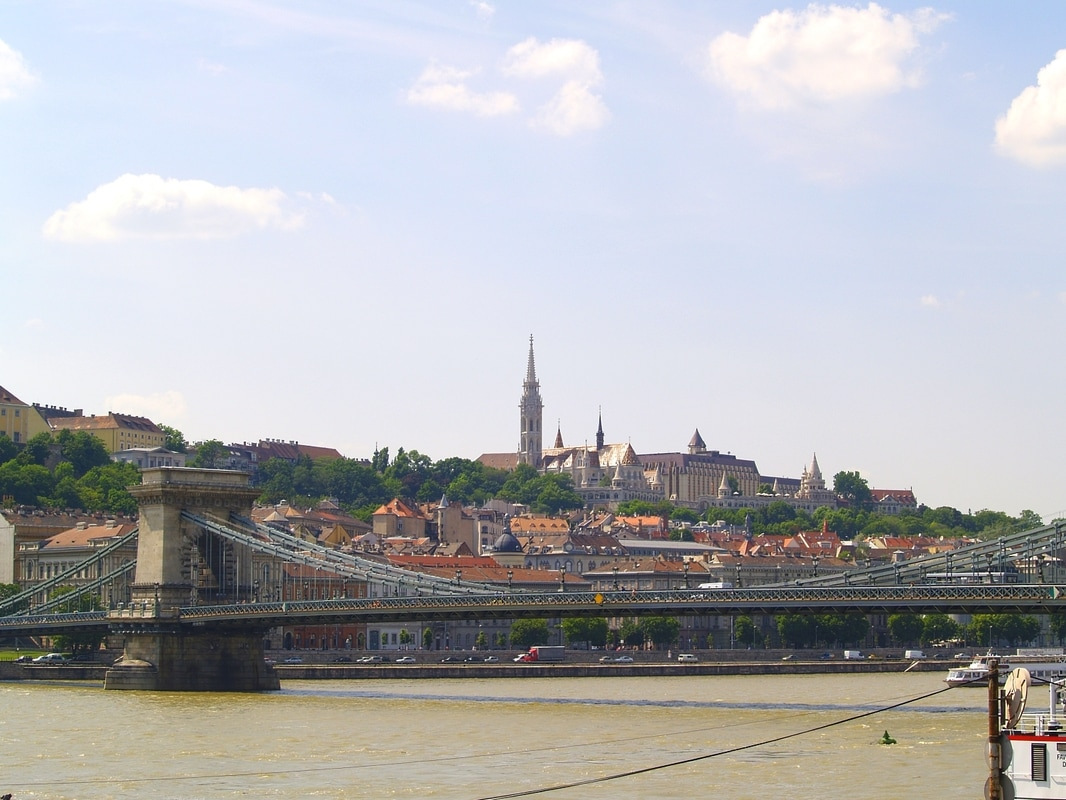 Budapest self guided walking tour: Bridges in Budapest.