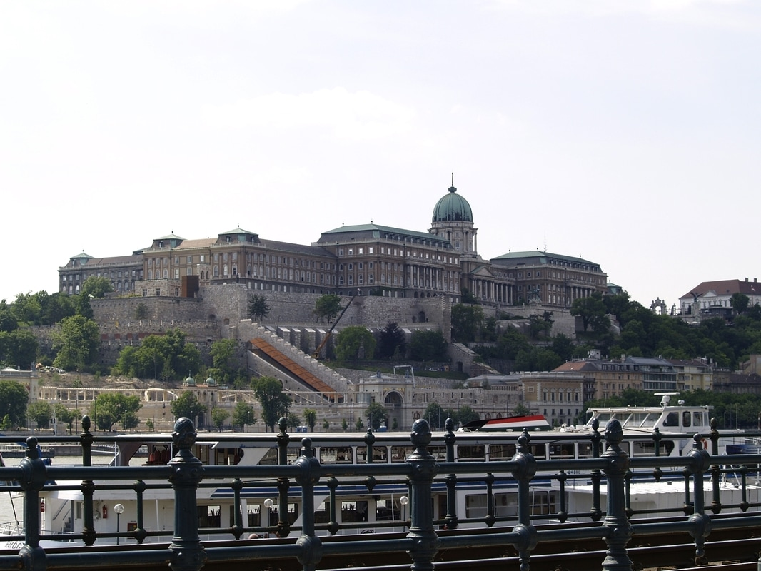 Budapest self guided walking tour: Buda Castle