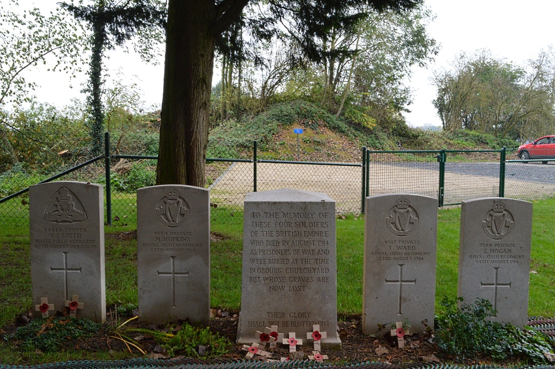 Gravestones for members of the Royal Irish Regiment.