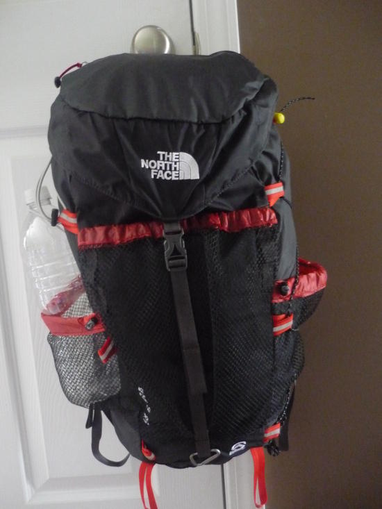 Verto Northface 26 pack review black and red