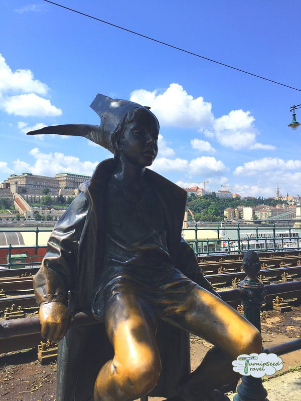 Hotel Moments Budapest review Viewing public art along the riverbank Picture