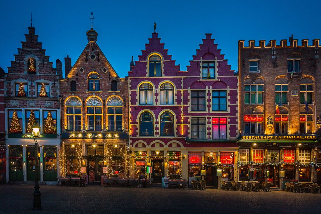 Things to do in Bruges at night